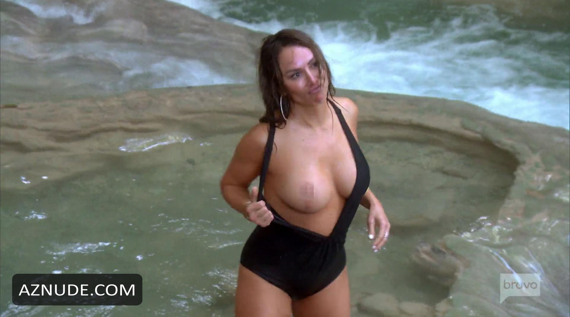 of kelly pictures uncensored nude kelly