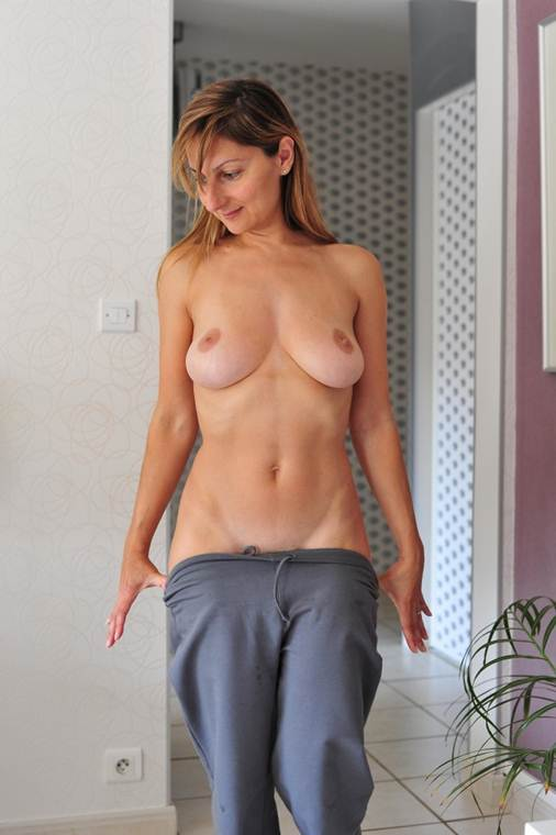 mom naked in porn on lady