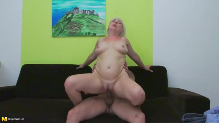 older woman fucking youngsters