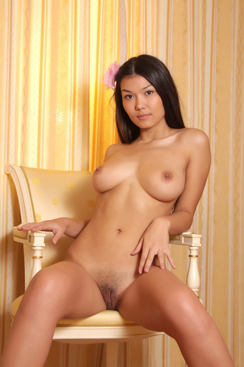 huge and tits pussy asain