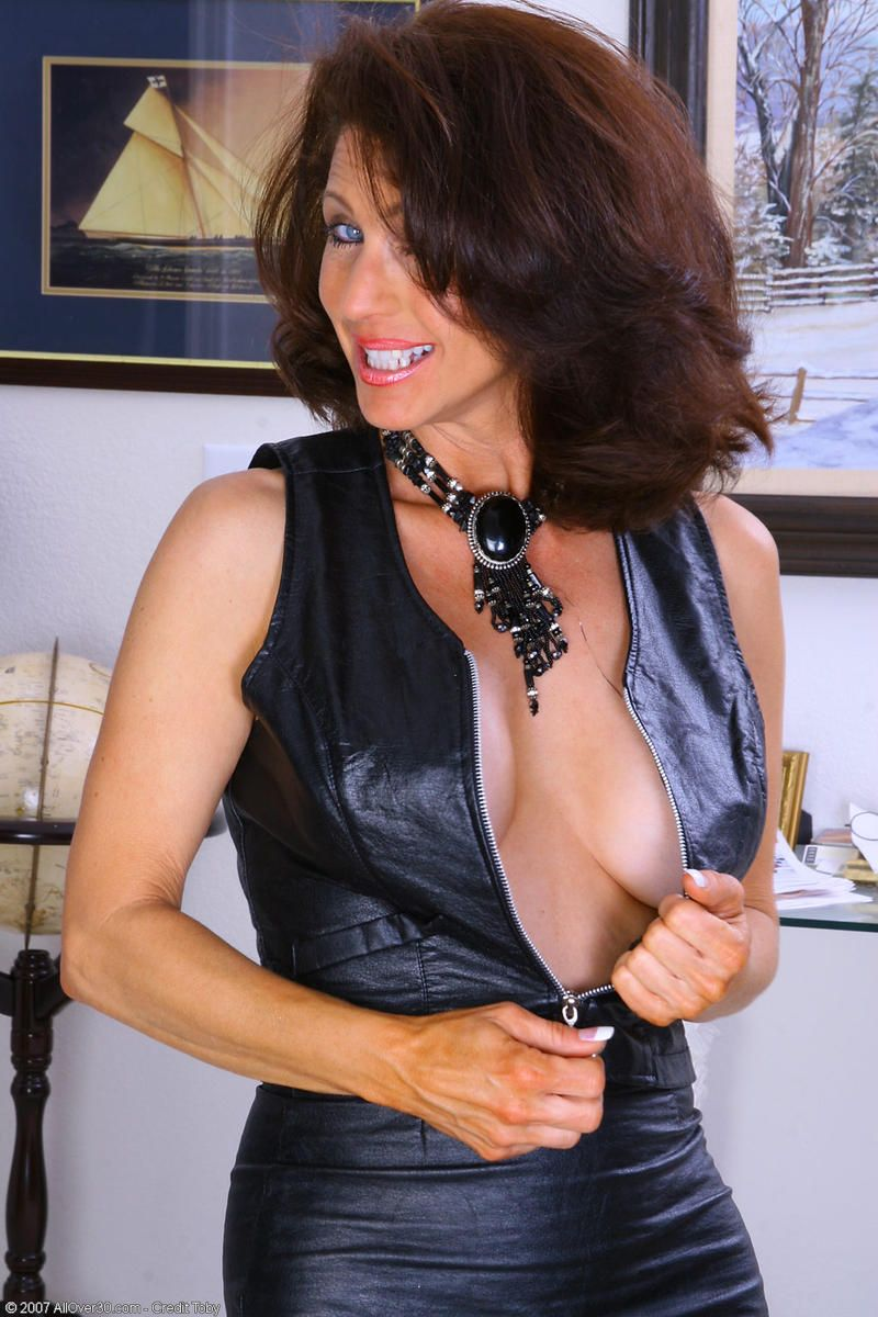 mom mature gallery picture