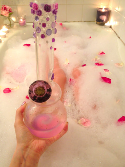 pink pipes weed cute