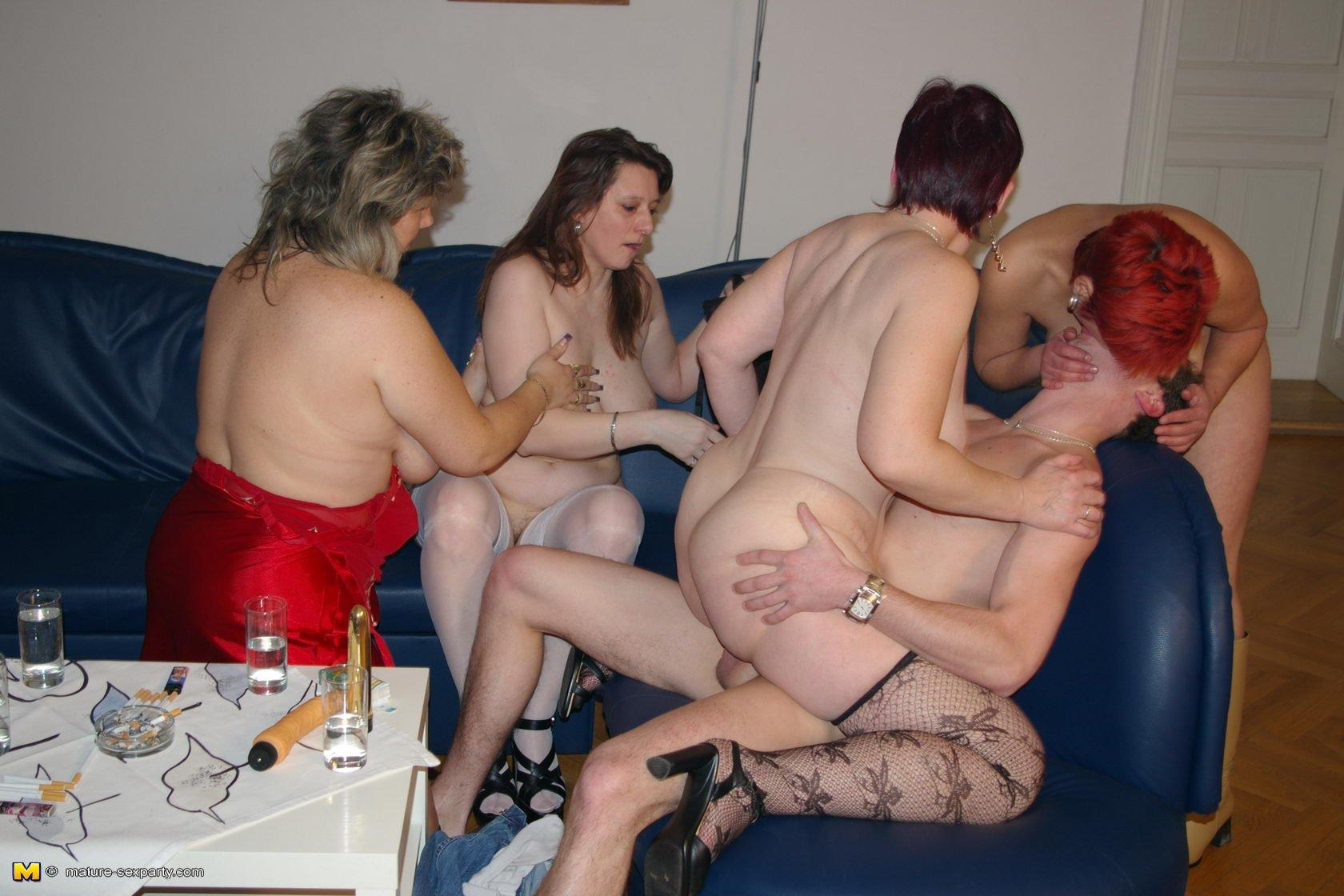 pic sex woman dude fucking party