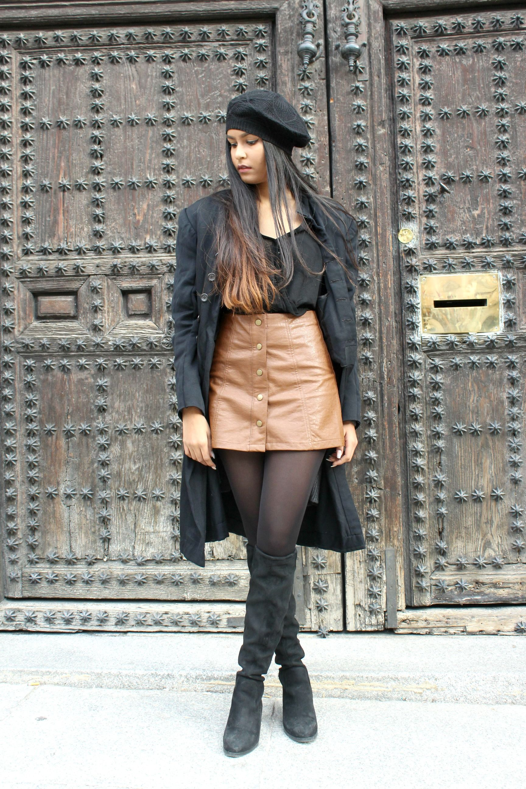 pantyhose in skirts