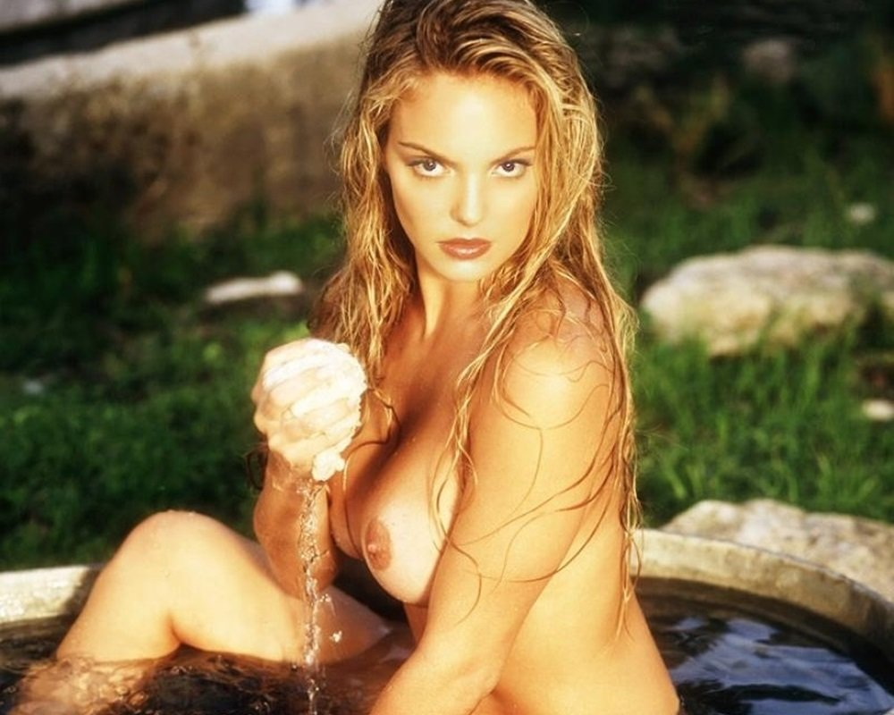 katherine real nude heigl